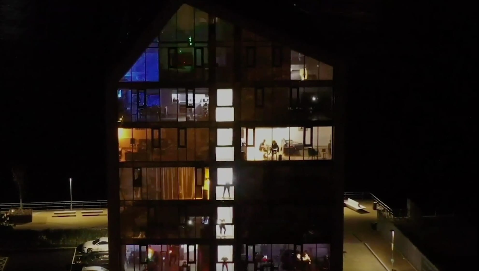Drone video shows revelers dancing away in 'isolation disco'