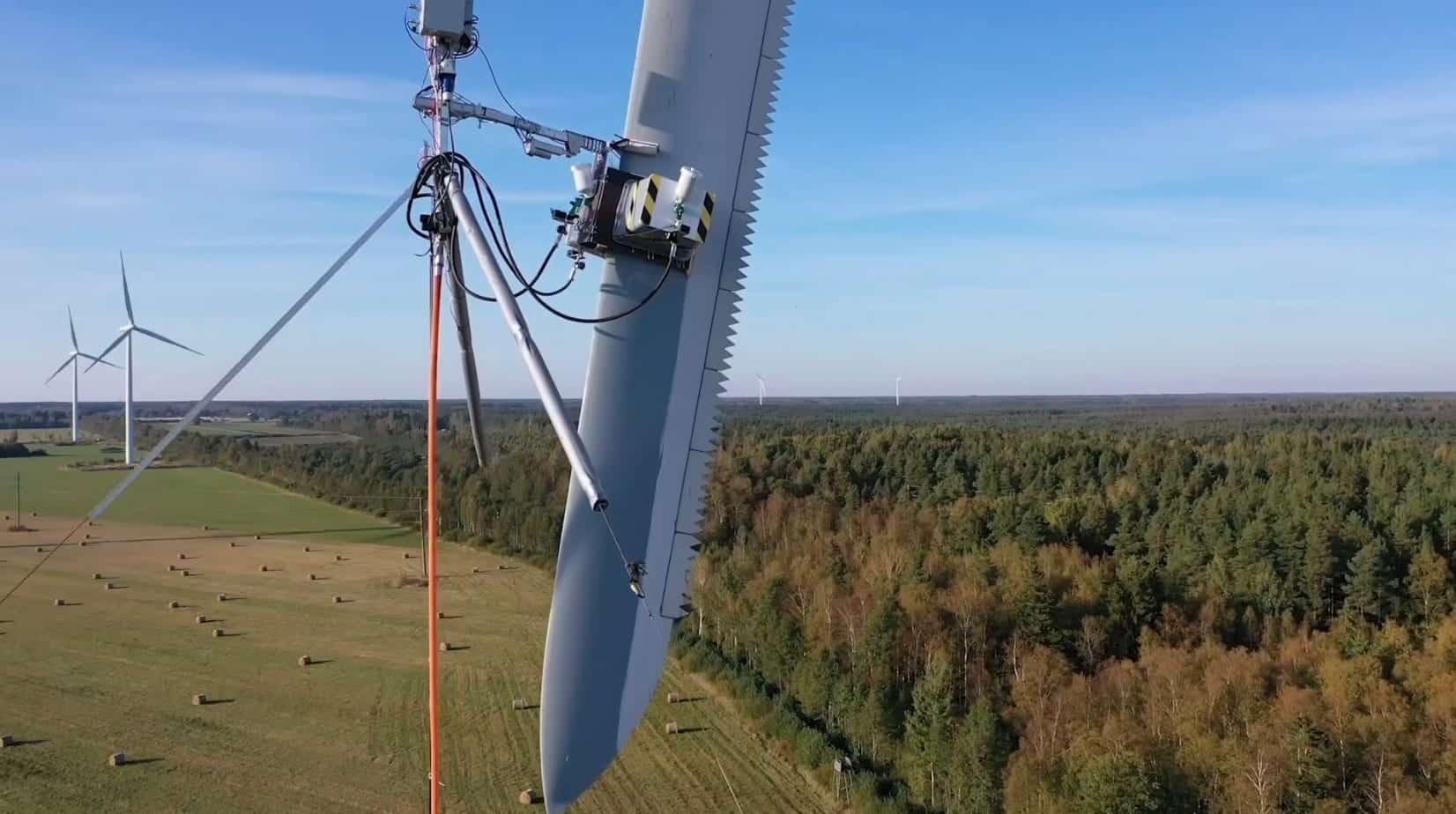 Aerones abandons industrial drones in favor of robotics