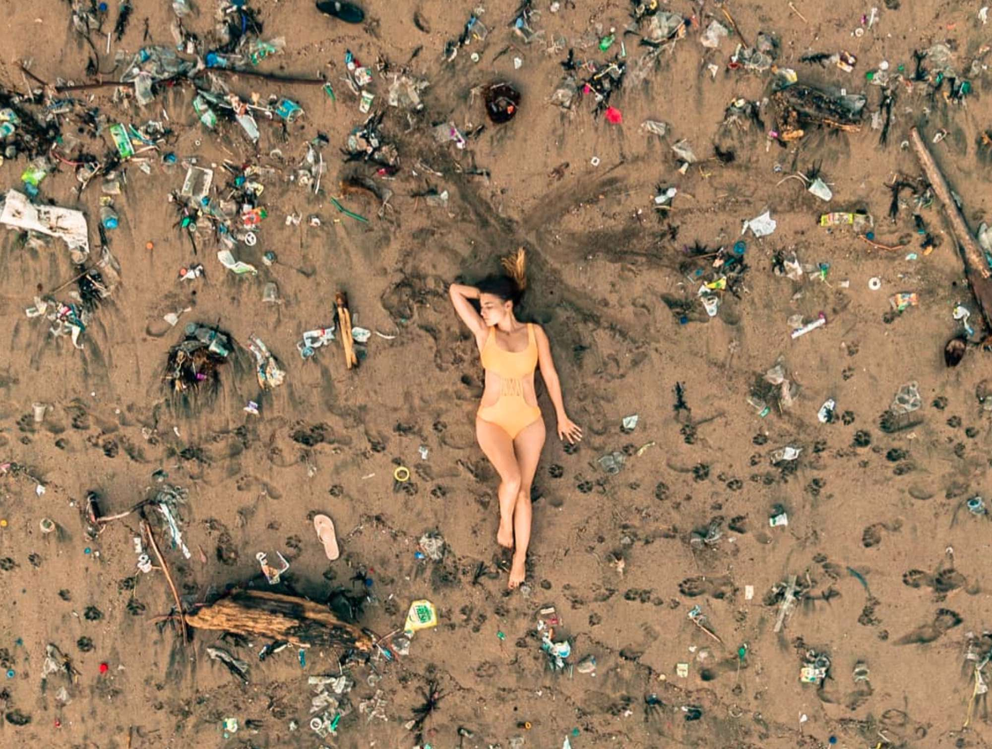 Artificial Intelligence (AI) recognizes plastic waste in drone photos