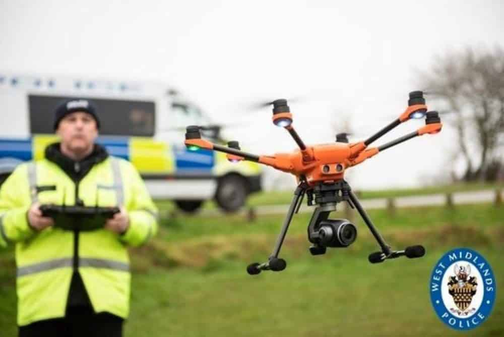 Machete teenagers arrested in the UK with help of a drone