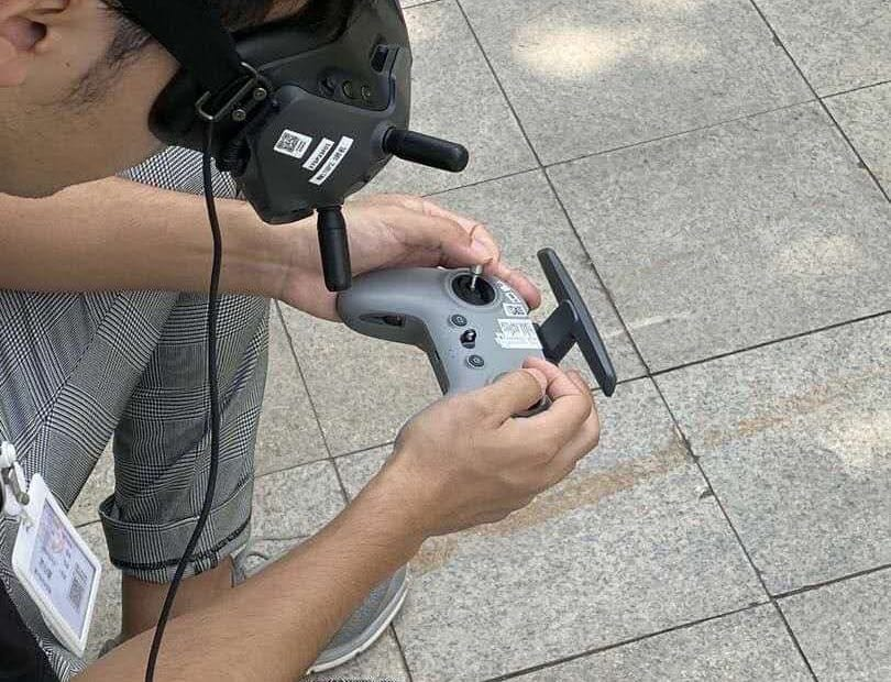 New DJI FPV controller shows up in leaked photo