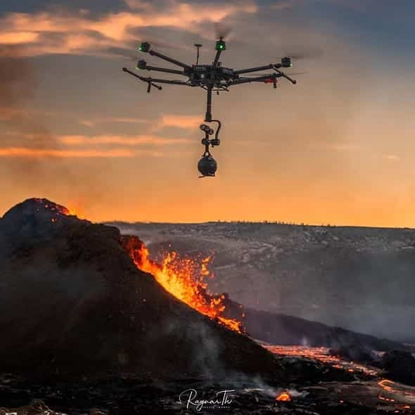 8K 360º drone video of Fagradalsfjall volcano in Iceland