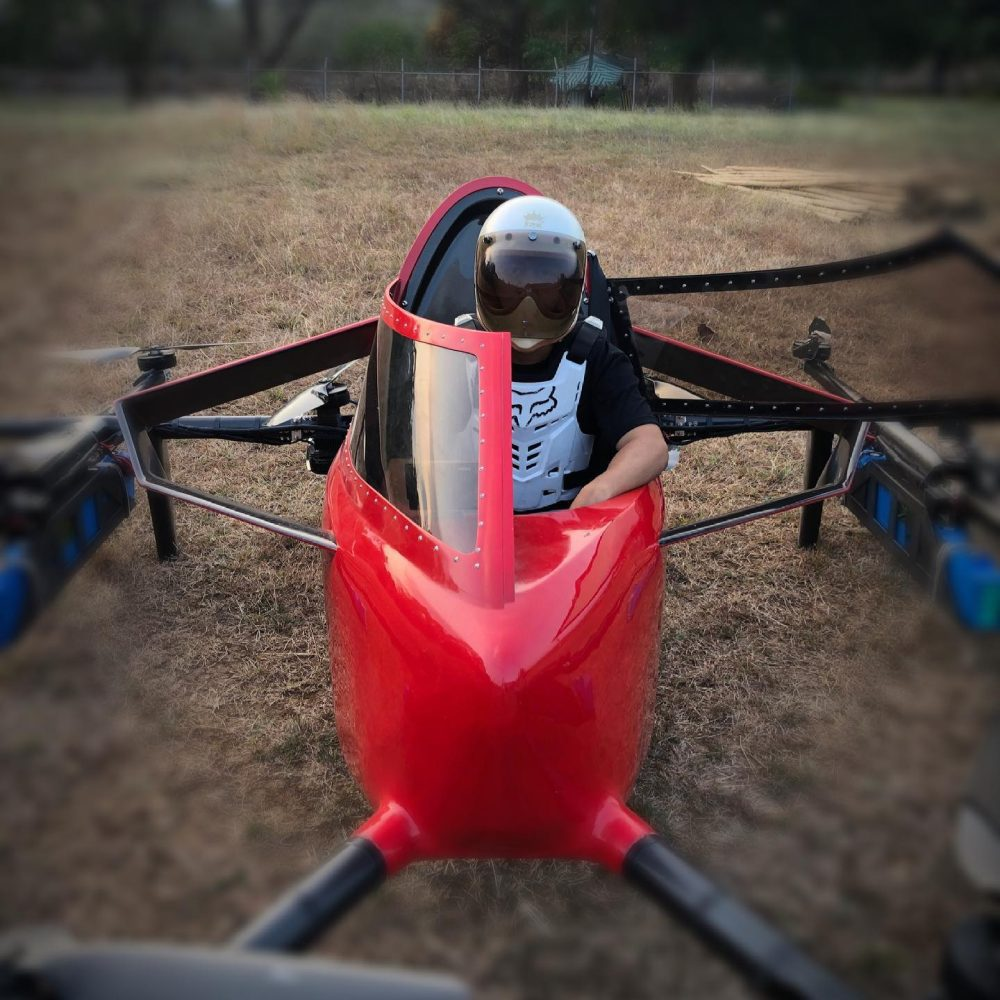 The world's first 'race' with manned drones is a fact